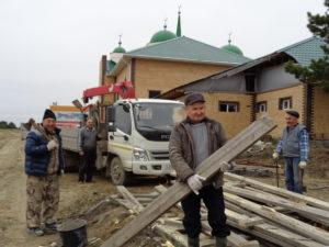 Субботник в Мечети