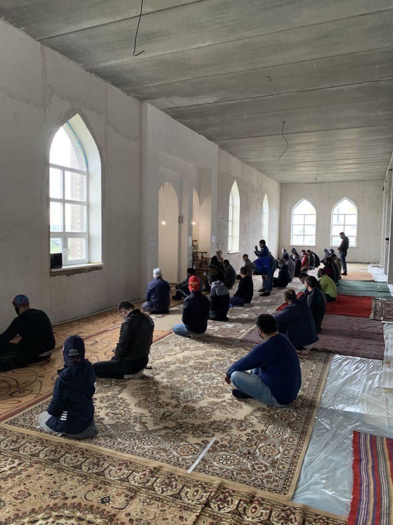 Открытие мечети после пандемии короновируса.